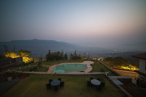 villa in lonavala with swimming pool on rent